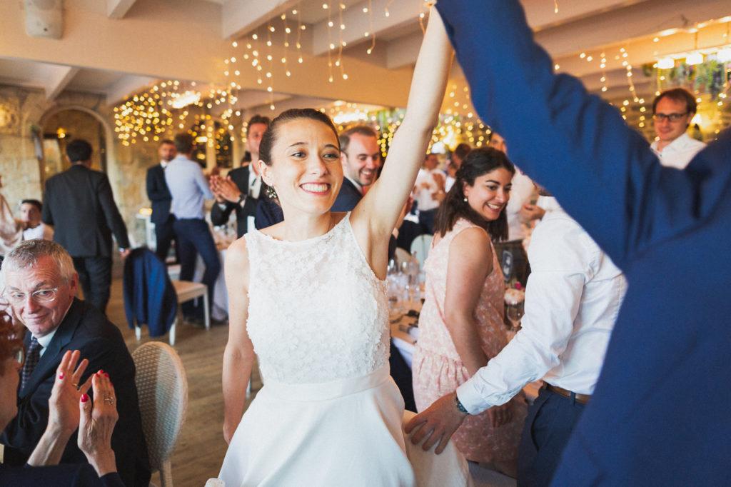 coiffure de la mariée photographe de mariage à Quimper Douarnenez mariage repas quimper