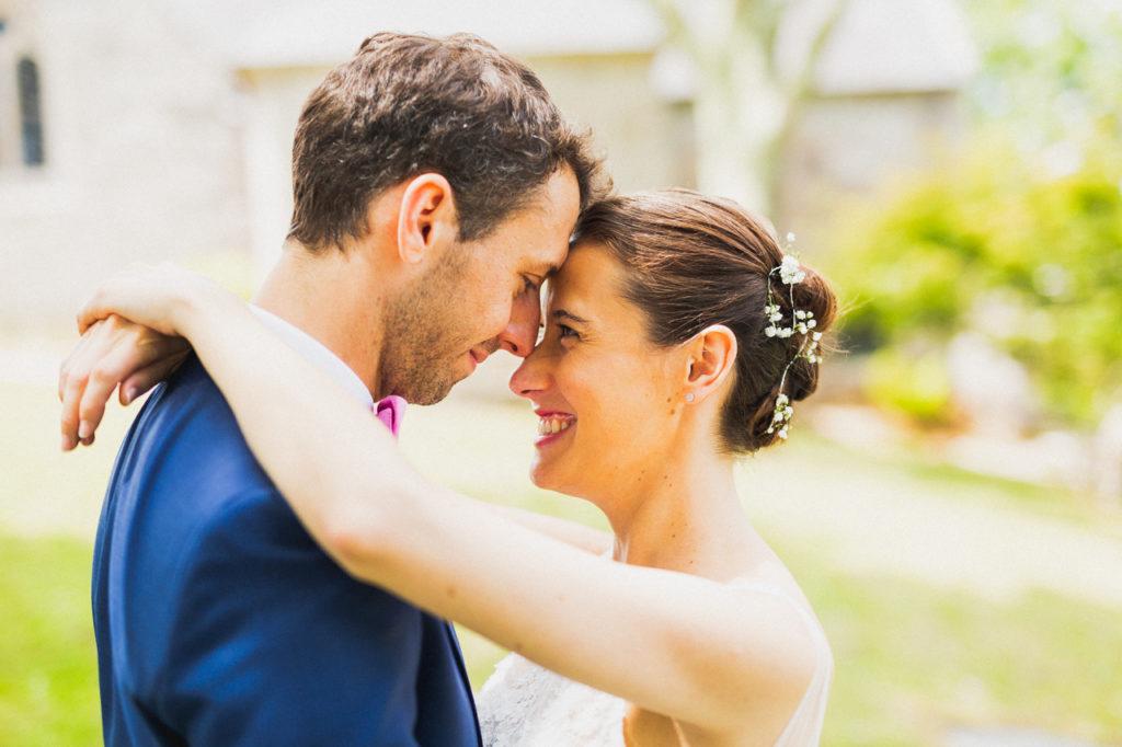 coiffure de la mariée photographe de mariage à Quimper Pont Labbe photos de couples à Sainte Marine