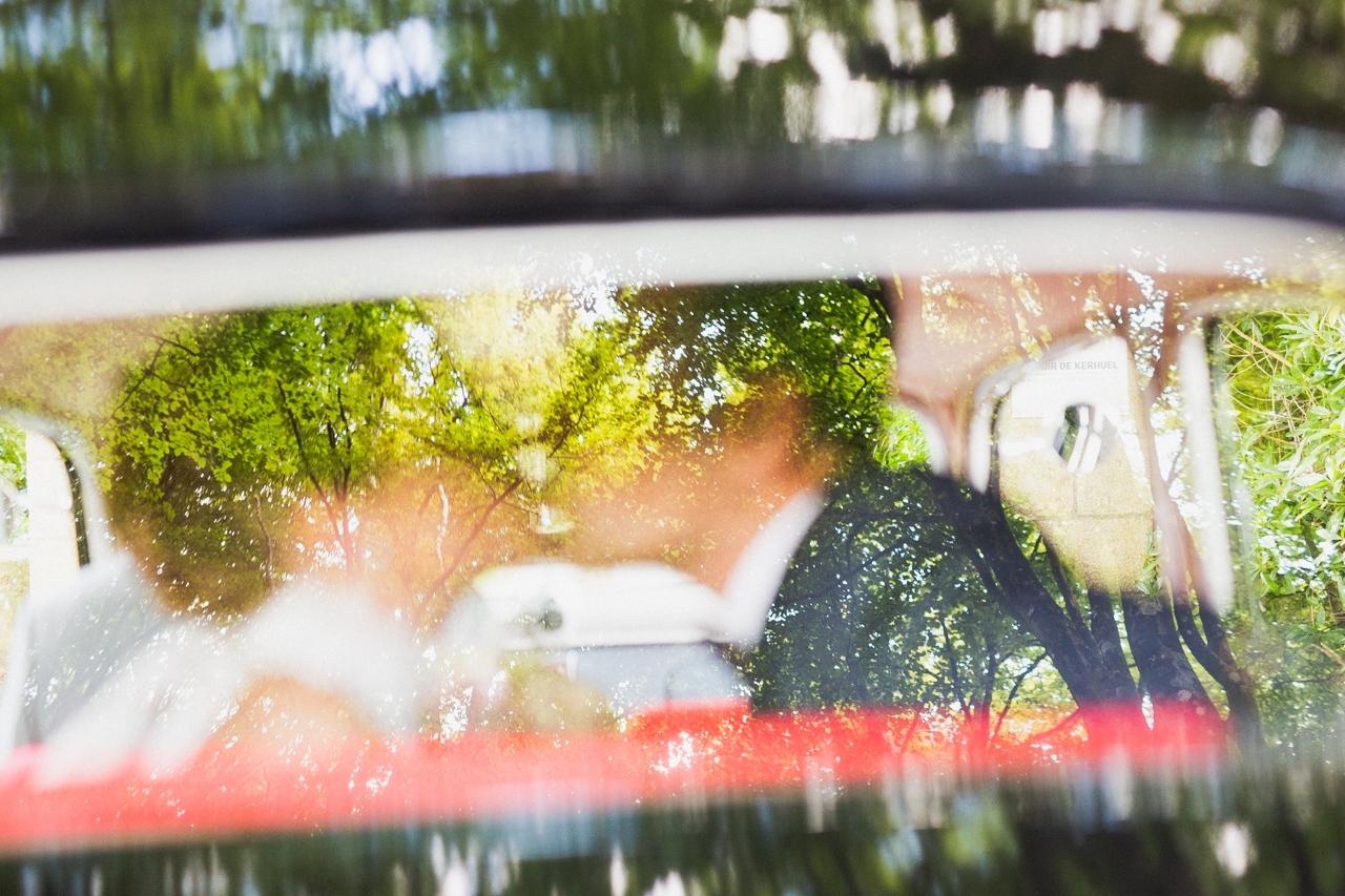 coiffure de la mariée photographe de mariage à Quimper Pont Labbe coiffure de la mariée photographe de mariage à Quimper Pont Labbe arrivée au manoir de Kerhuel