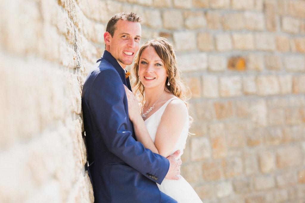 coiffure de la mariée photographe de mariage à Quimper Pont Labbe photo de groupe de mariage benodet